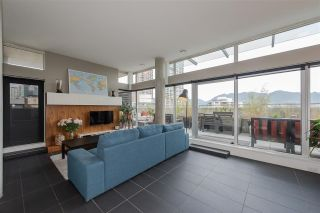 "Photo 4: 801 33 W PENDER Street in Vancouver: Downtown VW Condo for sale in ""33 Living"" (Vancouver West)  : MLS®# R2373850"