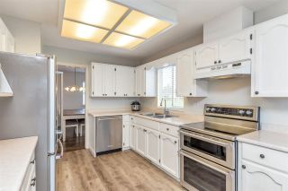 """Photo 6: 34616 CALDER Place in Abbotsford: Abbotsford East House for sale in """"McMillan"""" : MLS®# R2563991"""