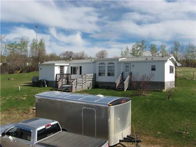 Photo 15: Photos: 13024 MARK Avenue in Charlie Lake: Lakeshore Manufactured Home for sale (Fort St. John (Zone 60))  : MLS®# N227341