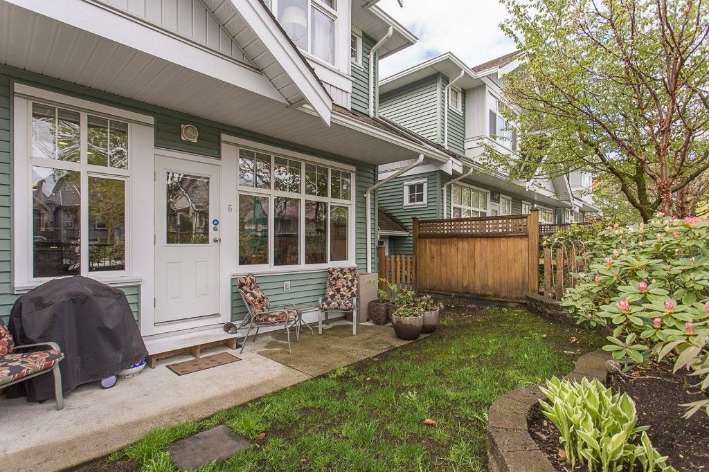 "Photo 4: Photos: 6 6785 193 Street in Surrey: Clayton Townhouse for sale in ""MADRONA"" (Cloverdale)  : MLS®# R2160056"
