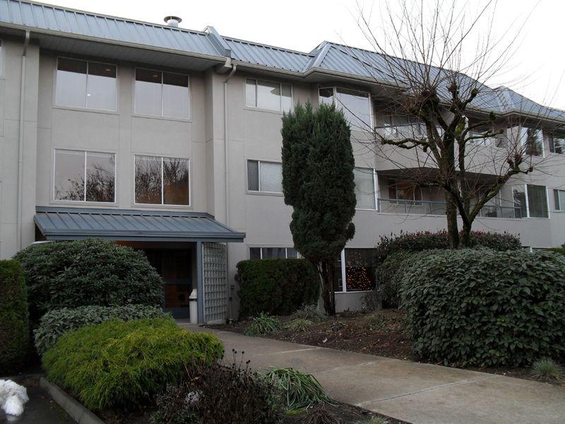 "Main Photo: 228 2700 MCCALLUM RD in ABBOTSFORD: Central Abbotsford Condo for rent in ""THE SEASONS"" (Abbotsford)"