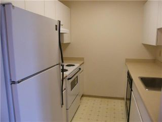 Photo 3: # 304 3480 YARDLEY AV in Vancouver: Collingwood VE Condo for sale (Vancouver East)  : MLS®# V825095