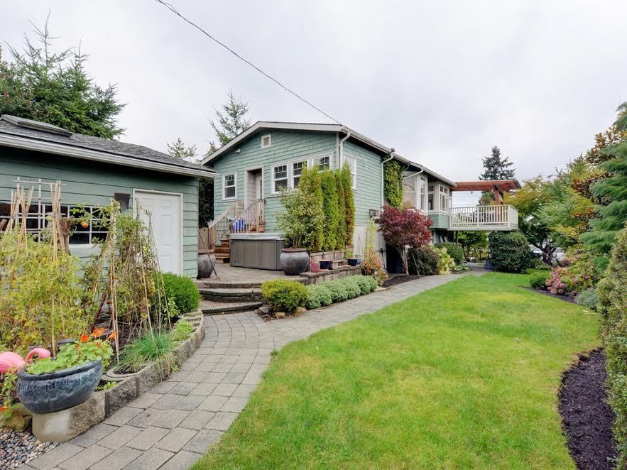 Photo 5: Photos: 728 E 7TH Street in North Vancouver: Queensbury House for sale : MLS®# R2114157