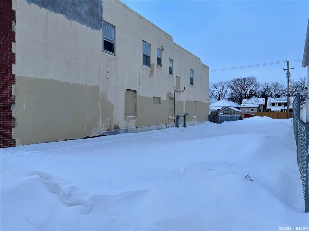 Main Photo: 219 D Avenue South in Saskatoon: Riversdale Commercial for sale : MLS®# SK841140