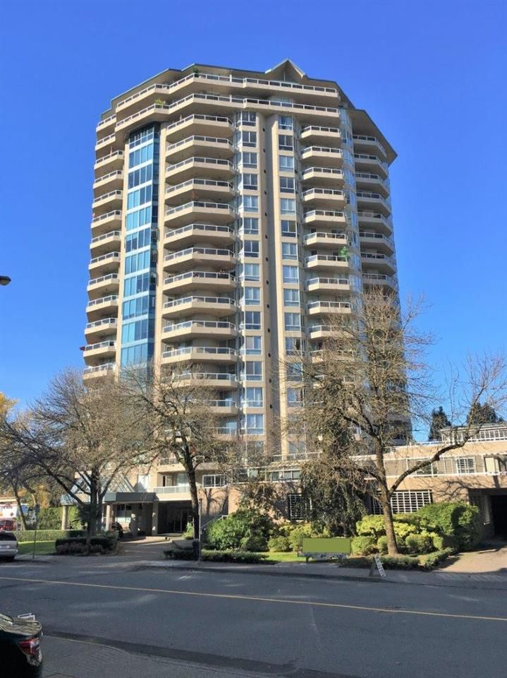 """Main Photo: 1006 1245 QUAYSIDE Drive in New Westminster: Quay Condo for sale in """"RIVIERA"""" : MLS®# R2379086"""