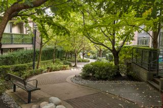 """Photo 22: 401 151 W 2ND Street in North Vancouver: Lower Lonsdale Condo for sale in """"SKY"""" : MLS®# R2615924"""
