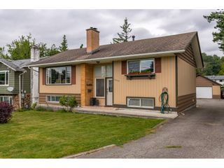 Photo 1: 33503 9 Avenue in Mission: Mission BC House for sale : MLS®# R2478636