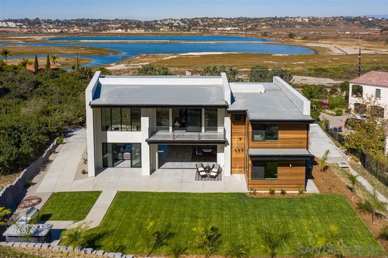 FEATURED LISTING: 2829 Racetrack View Drive Del Mar