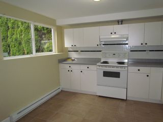 Photo 2: 2145 BROADWAY ST in ABBOTSFORD: House for rent (Abbotsford)