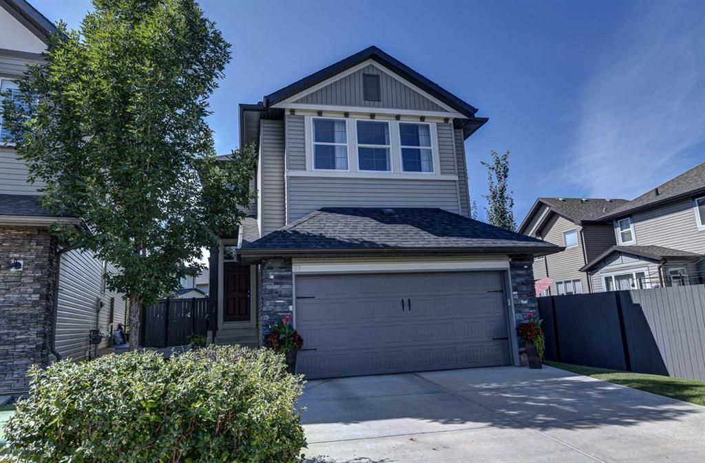 Main Photo: 17 Cranberry Lane SE in Calgary: Cranston Detached for sale : MLS®# A1142868