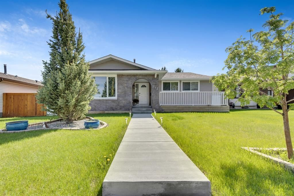 Main Photo: 143 Range Crescent NW in Calgary: Ranchlands Detached for sale : MLS®# A1115323
