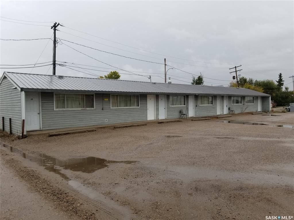 Main Photo: 139 1st Avenue East in Unity: Commercial for sale : MLS®# SK828509