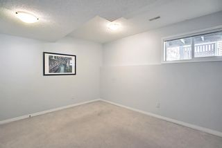 Photo 36: 28 Everhollow Way SW in Calgary: Evergreen Row/Townhouse for sale : MLS®# A1122910