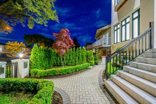 Photo 4: 5805 CULLODEN Street in Vancouver: Knight House for sale (Vancouver East)  : MLS®# R2615987