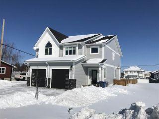 Photo 2: 10010 111 Avenue in Fort St. John: Fort St. John - City NW 1/2 Duplex for sale (Fort St. John (Zone 60))  : MLS®# R2443211