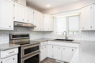 Photo 6: 70 Manring Cove in Winnipeg: House for sale : MLS®# 202121105