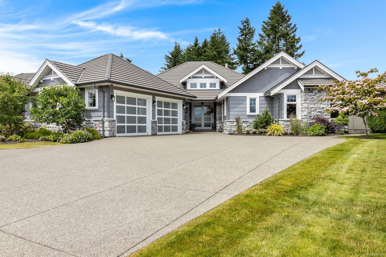 Main Photo: 3630 Royal Vista Way in : CV Crown Isle House for sale (Comox Valley)  : MLS®# 879100