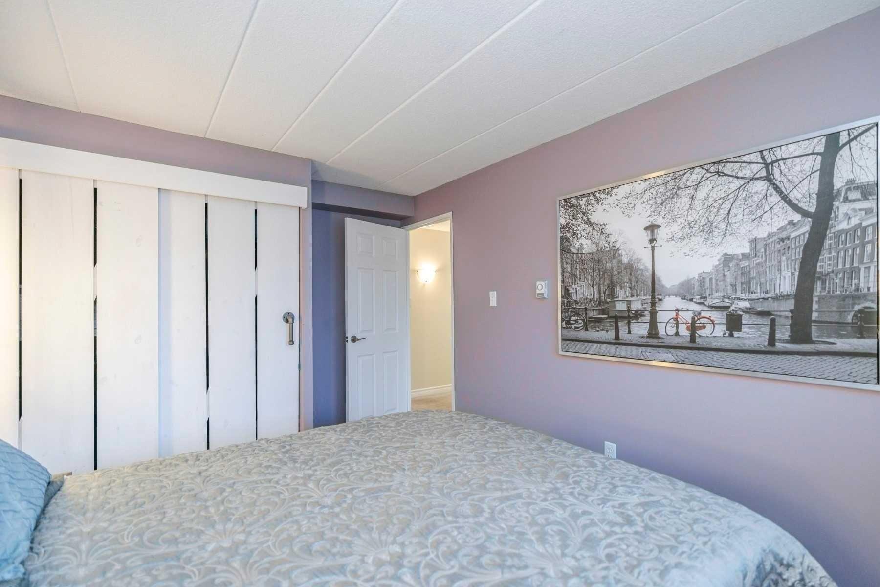 Photo 11: Photos: 15 43 E Taunton Road in Oshawa: Centennial Condo for sale : MLS®# E4408708