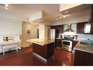 "Photo 5: 1007 950 CAMBIE Street in Vancouver: Downtown VW Condo for sale in ""PACIFIC PLACE - LANDMARK"" (Vancouver West)  : MLS®# V874261"