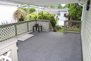 """Photo 5: 161 145 KING EDWARD Street in Coquitlam: Maillardville Manufactured Home for sale in """"MILL CREEK VILLAGE"""" : MLS®# R2584306"""