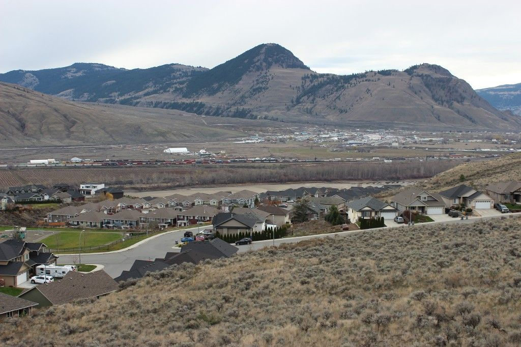 Photo 13: Photos: 2054 Saddleback Drive in Kamloops: Batchelor Heights House for sale : MLS®# 137815