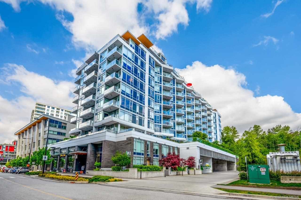 "Main Photo: 718 3557 SAWMILL Crescent in Vancouver: South Marine Condo for sale in ""ONE TOWN CENTER"" (Vancouver East)  : MLS®# R2575040"