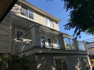 """Photo 2: 3 2498 E 8TH Avenue in Vancouver: Renfrew VE Townhouse for sale in """"8 AVE GARDEN APARTMENTS"""" (Vancouver East)  : MLS®# R2575110"""