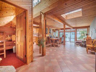 Photo 13: 9185 HYDAWAY Road in Sechelt: Halfmn Bay Secret Cv Redroofs House for sale (Sunshine Coast)  : MLS®# R2504559