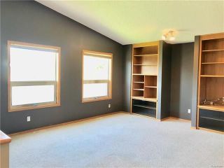 Photo 4: 123 Julia Road in Winnipeg: River Park South Residential for sale (2F)  : MLS®# 1818783