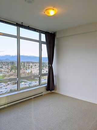 Photo 8: 2203 2789 SHAUGHNESSY STREET in Port Coquitlam: Central Pt Coquitlam Condo for sale : MLS®# R2460914