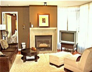 """Photo 1: 1305 867 HAMILTON ST in Vancouver: Downtown VW Condo for sale in """"JARDINE'S LOOKOUT"""" (Vancouver West)  : MLS®# V610275"""