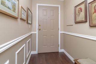 Photo 2: 303 835 Selkirk Ave in : Es Kinsmen Park Condo for sale (Esquimalt)  : MLS®# 886078