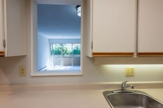 """Photo 5: 208 1777 W 13TH Avenue in Vancouver: Fairview VW Condo for sale in """"Mount Charles"""" (Vancouver West)  : MLS®# R2341355"""