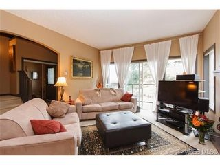 Photo 3: 569 Kingsview Ridge in VICTORIA: La Mill Hill House for sale (Langford)  : MLS®# 647158