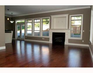 "Photo 5: 390 55TH Street in Tsawwassen: Pebble Hill 1/2 Duplex for sale in ""PEBBLE HILL"" : MLS®# V807633"
