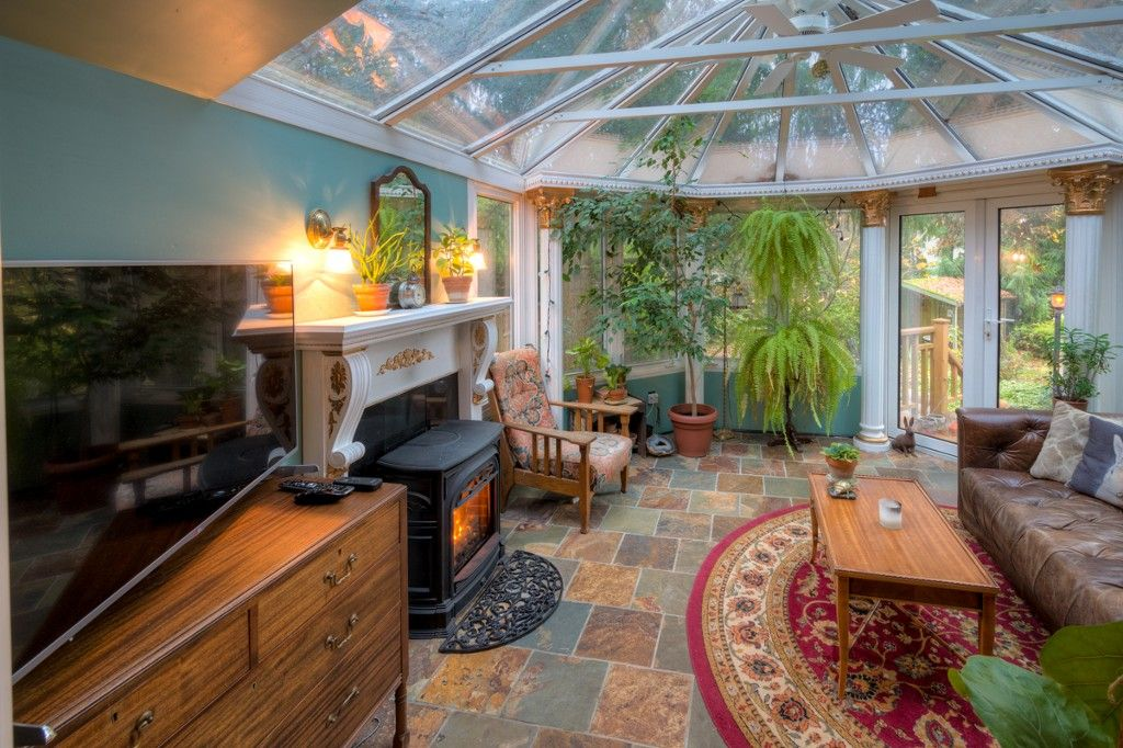 """Photo 40: Photos: 214 FOURTH Avenue in New Westminster: Queens Park House for sale in """"QUEENS PARK"""" : MLS®# R2136258"""