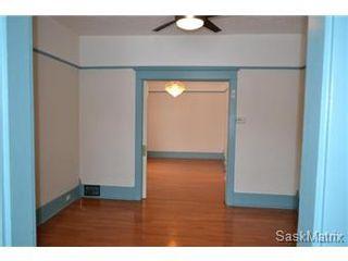 Photo 6: 848 I Avenue South in Saskatoon: King George Single Family Dwelling for sale (Saskatoon Area 04)  : MLS®# 422973