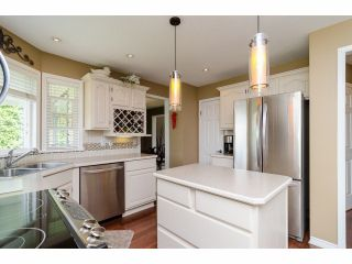 """Photo 8: 18066 64A Avenue in Surrey: Cloverdale BC House for sale in """"Orchard Ridge"""" (Cloverdale)  : MLS®# F1411692"""