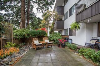 """Photo 25: 103 1330 MARTIN Street: White Rock Condo for sale in """"THE COACH HOUSE"""" (South Surrey White Rock)  : MLS®# R2517158"""