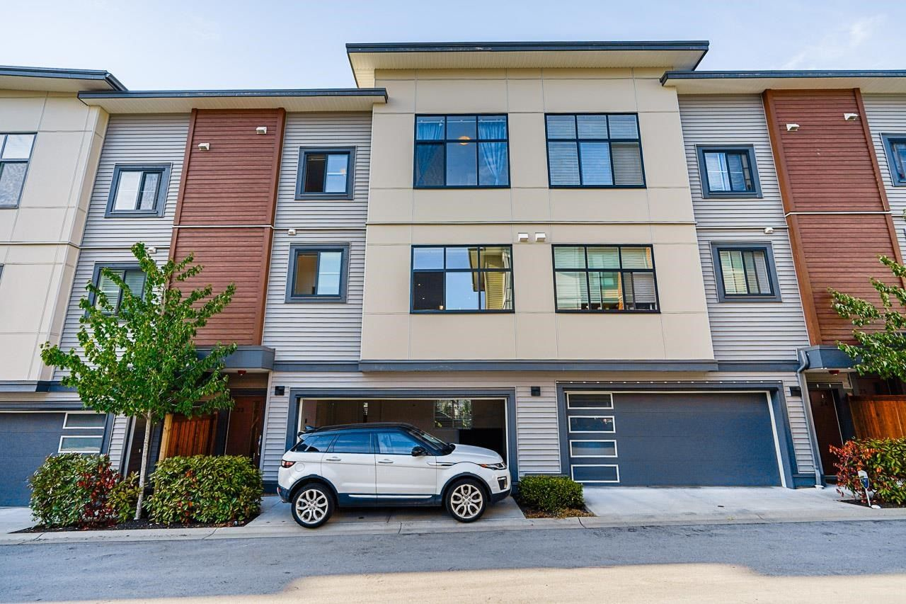 """Main Photo: 23 20849 78B Avenue in Langley: Willoughby Heights Townhouse for sale in """"BOULEVARD"""" : MLS®# R2598806"""