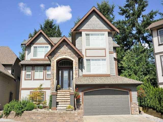 "Main Photo: 11635 COBBLESTONE Lane in Pitt Meadows: South Meadows House for sale in ""FIELDSTONE PARK"" : MLS®# V967201"