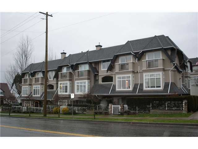Main Photo: 260 W 13TH Street in North Vancouver: Central Lonsdale Townhouse for sale : MLS®# V861565