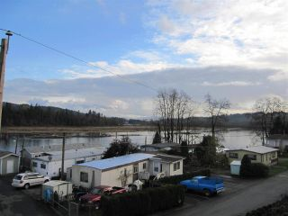 """Photo 9: 104 9950 WILSON Street in Mission: Stave Falls Manufactured Home for sale in """"Ruskin Place"""" : MLS®# R2123611"""
