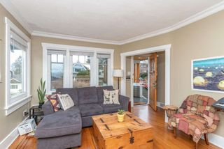 Photo 3: 3434 DUNDAS Street in Vancouver: Hastings Sunrise House for sale (Vancouver East)  : MLS®# R2541879