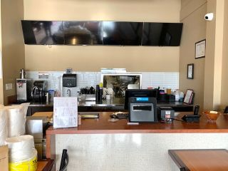 Photo 2: 590 15355 24 Avenue in Surrey: King George Corridor Business for sale (South Surrey White Rock)  : MLS®# C8035959