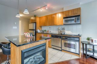 "Photo 15: 808 1155 SEYMOUR Street in Vancouver: Downtown VW Condo for sale in ""BRAVA!!!"" (Vancouver West)  : MLS®# R2508756"