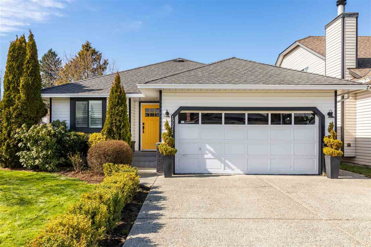 Main Photo: 12211 CYPRESS COURT in Pitt Meadows: Mid Meadows House for sale : MLS®# R2446163