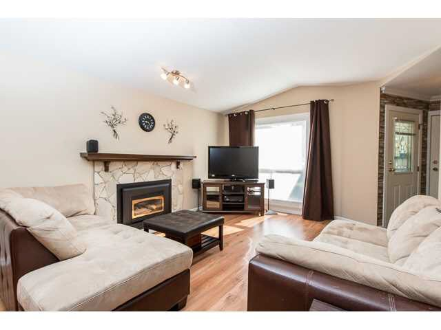 """Photo 2: Photos: 11995 238B Street in Maple Ridge: Cottonwood MR House for sale in """"Cottonwood"""" : MLS®# V1140226"""