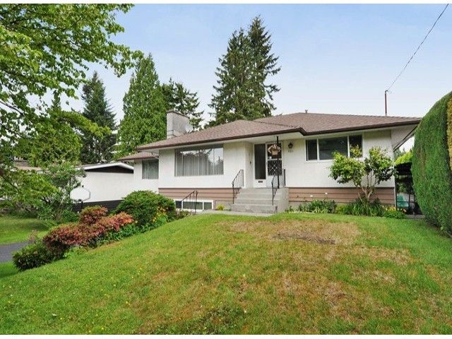"""Main Photo: 821 COTTONWOOD Avenue in Coquitlam: Coquitlam West House for sale in """"WEST COQUITLAM"""" : MLS®# V1067082"""