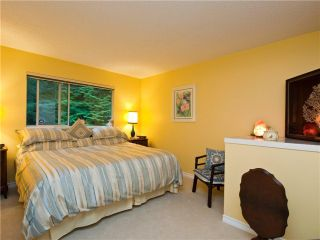 """Photo 6: 3944 INDIAN RIVER Drive in North Vancouver: Indian River Townhouse for sale in """"HIGHGATE TERRACE"""" : MLS®# V875032"""